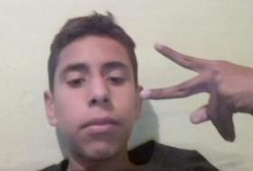 Luis angel, 18 - Just Me
