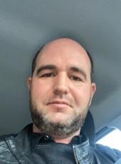 luc, 37, France, Saint-Etienne