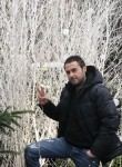 Abdelhak, 32  , Les Lilas
