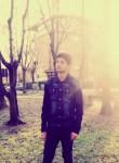 hamza, 20  , Novellara