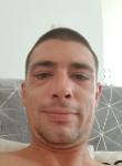 Loic, 32  , Poissy