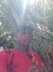 Edy, 19, Brazil, Joao Pessoa