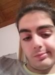 Giuseppe, 20, Zurich