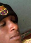 Souleymane, 36  , Douala