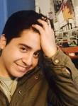 sebastian, 27  , Santiago