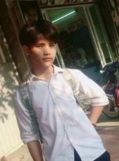 Hoàng, 18, Vietnam, Hanoi