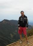 Denis, 37  , Male
