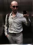 Aleksandr, 40, Mapuca