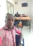 Gomès, 35  , Douala