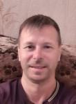 Vadim Kalinin, 39  , Yaroslavl