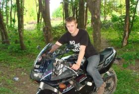 sergey lazard, 39 - Just Me