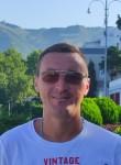 Artem Samarskiy, 30  , Donetsk