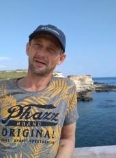 Andrey, 46, Russia, Sevastopol
