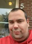 Mike , 31, Sherbrooke