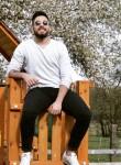 Majd, 23  , Timisoara
