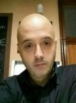 Raúl , 38  , Madrid