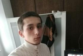 Vladislavs, 18 - Just Me