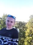 Dmitriy, 22  , Kazan