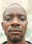 Franck, 44  , Cotonou