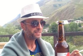 Levan, 35 - Just Me