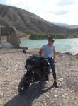 Hamza , 20, Susehri