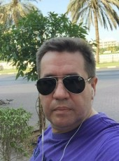 Oleg, 50, Russia, Moscow