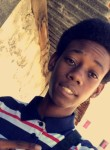 erwan, 19  , Fort-de-France