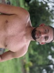 Pablito, 27, Guapiles