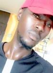 jat, 27, Abidjan