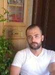 احمد, 18  , Beirut