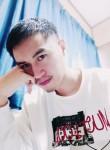 Giacomo , 27  , Chino