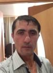 emir, 51  , Zile