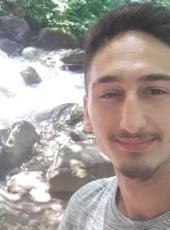 Ilir, 20, Albania, Tirana