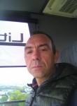 Carlos, 46  , Bertrange