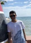 Roberto, 18  , Miami