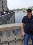 Yuri , 48  , Issy-les-Moulineaux