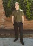 Mario, 19  , Caceres