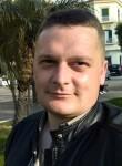 Taras, 31  , Castellammare di Stabia