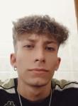 Emanuele, 19, Napoli