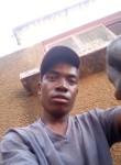 Phiry, 22  , Maputo