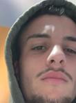 Umberto, 18  , Afragola