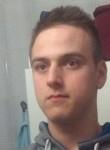 Damien, 19, Luneville