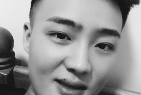 DingHuhi, 24 - Just Me
