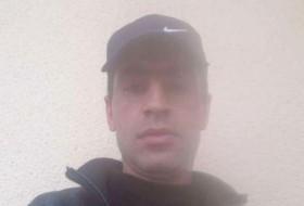 Varsham, 37 - Just Me