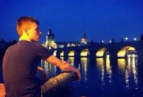 david, 24 - Just Me