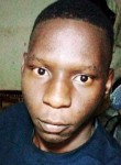 Zakari, 18  , Niamey