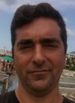 Maurizio, 42  , Salerno