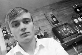 Vіtalіy, 18 - Just Me