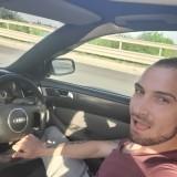 Mirel, 27  , Bologna