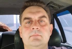 Valeriy , 47 - Just Me